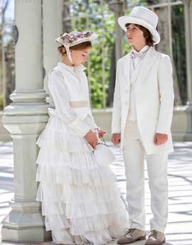 Vestidos y trajes de comunión
