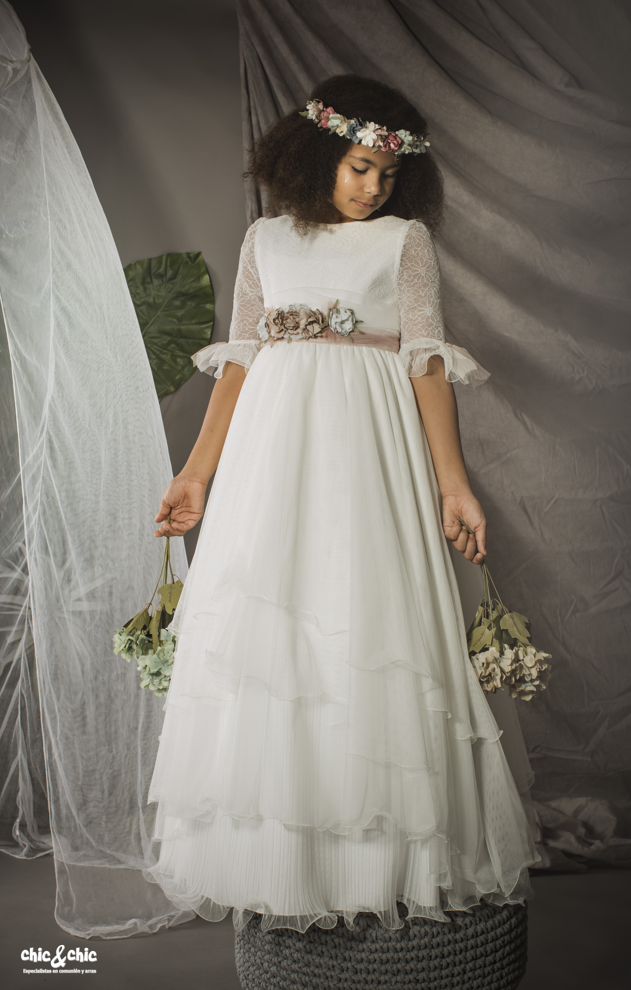 Vestido marca blanco roto