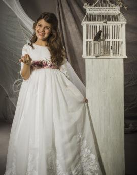 5691716b4 Vestido de comunión Adriana. Color blanco.