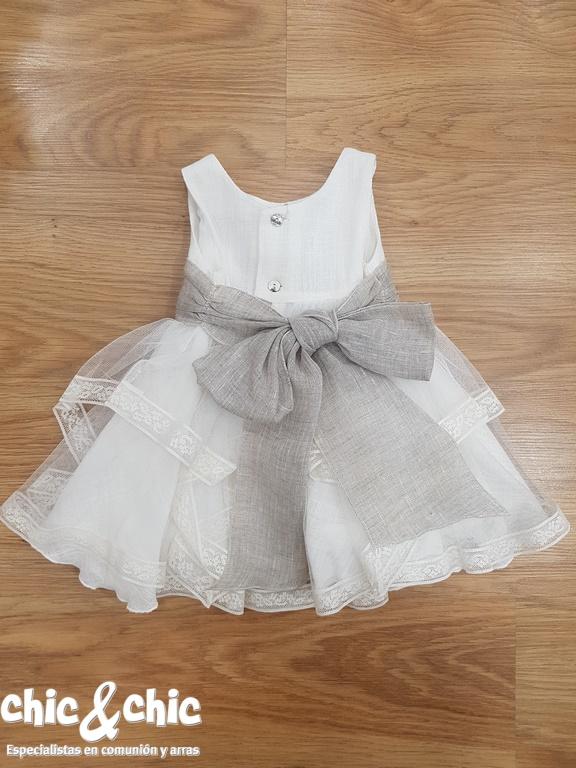aa5edc843 Vestido de ceremonia 311219 bebe lino y tul chic-and-chic-bautizo-nina-amaya-311219-1  ...