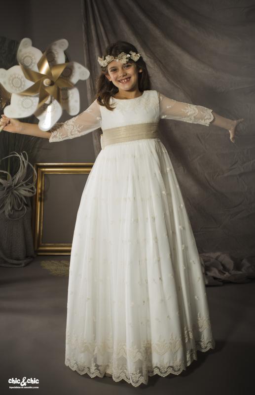 Vestido de comunión Atenea. Tul bordado beige