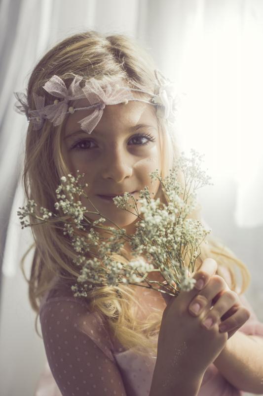 Corona flores 105. Rosa empolvado y tul