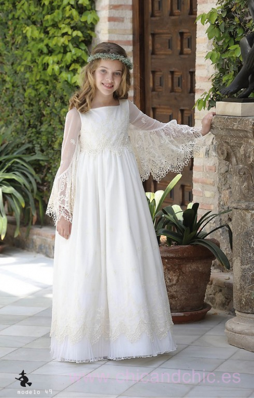 Vestido de comunión 049 tul bordado