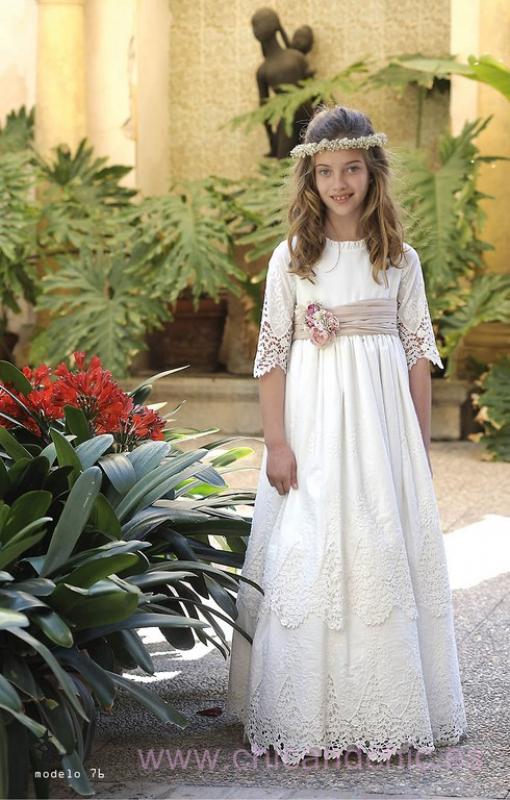 Vestido de comunión 076 en lino.