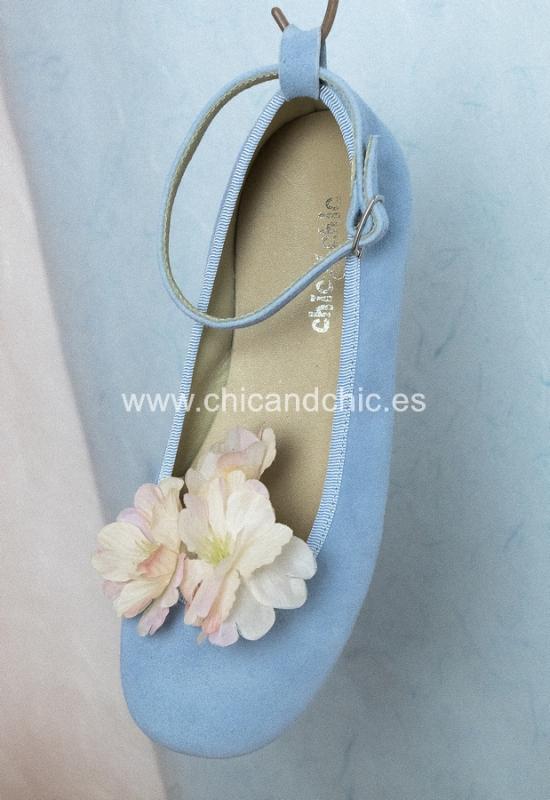 Zapato hebilla tobillo. Ante azul.
