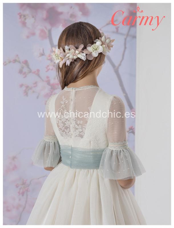 Vestido de comunión 1702. Esterilla rústica.
