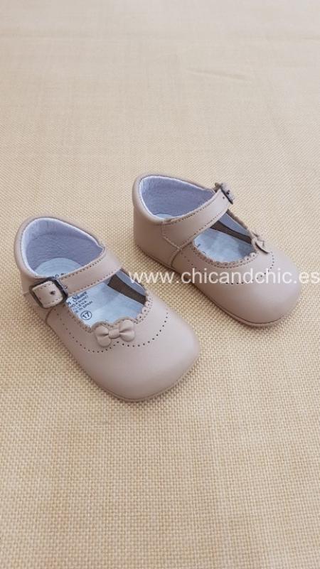 Zapato bebe piel camel. Mod. 2259