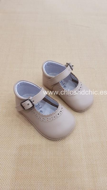 Zapato bebe piel camel. Mod. 2603