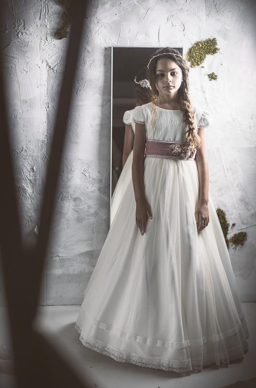 Vestido de comunión LOURDES. Fajín Personalizable