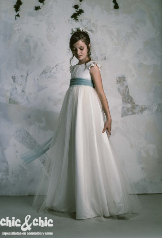 Vestido de comunión LEONOR . Crudo-Verde agua