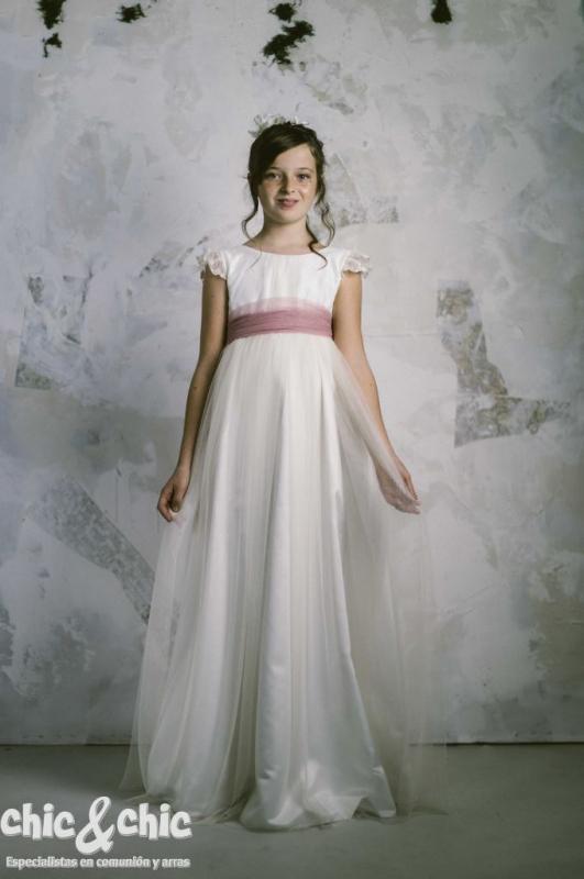 Vestido de comunión LEONOR TUL ROSA.