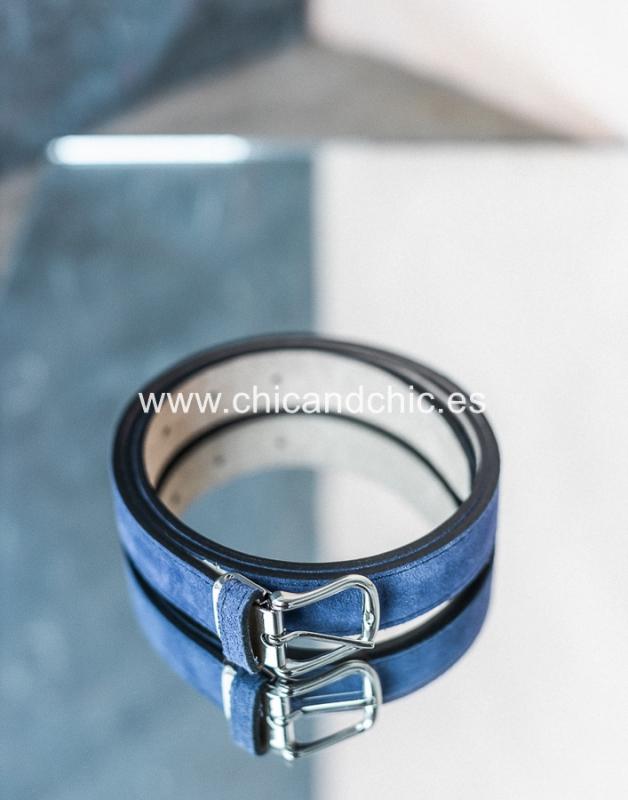Cinturón ante Azul