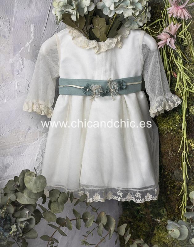 Vestido de ceremonia bebe Maria. Beige-Lino verde agua