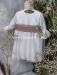 Vestido de ceremonia bebe Minerva. Blanco roto-tul  rosa.