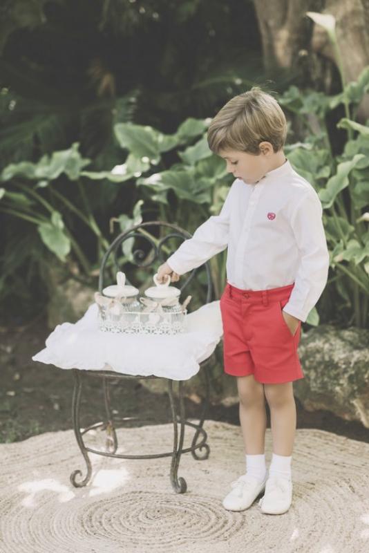 Conjunto de niño. Blanco-rojo (2-8Años)