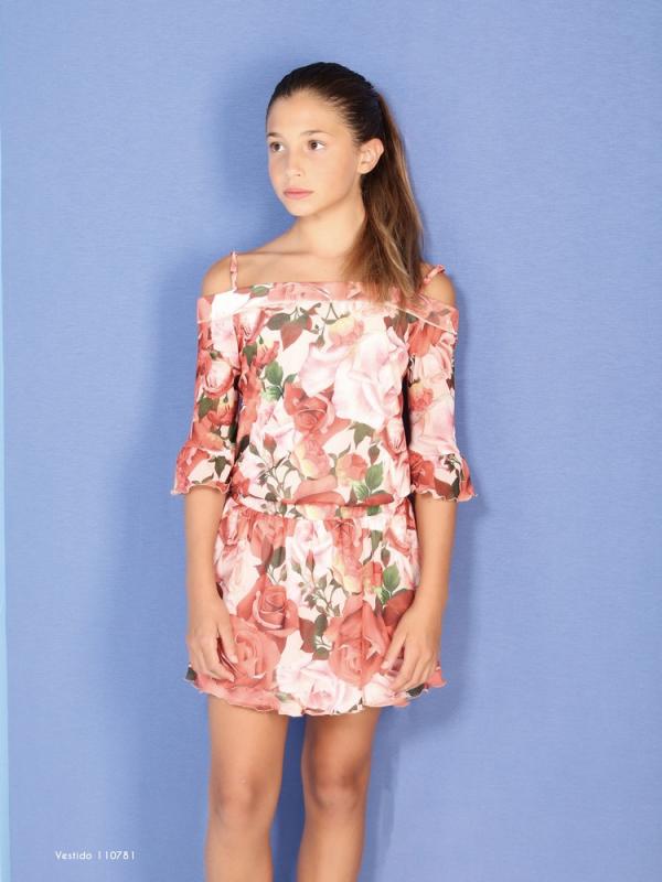 Vestido estampado gasa en color coral.