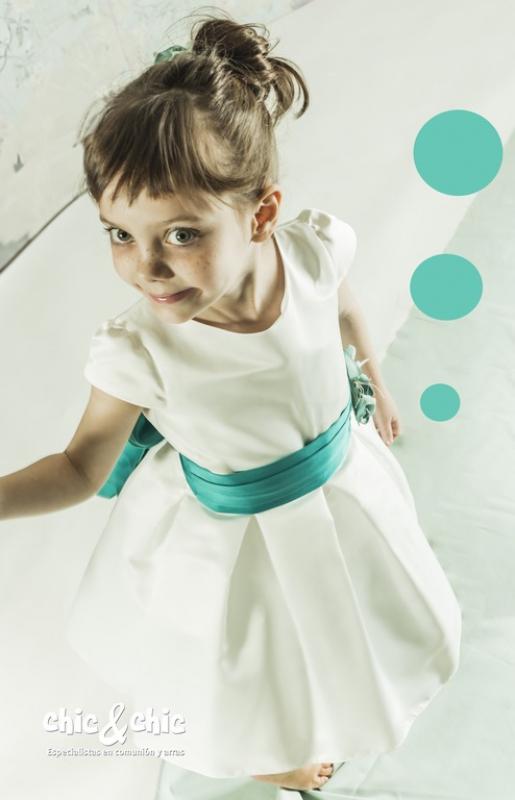 Vestido  Alegría crudo-verde. (1-14 Años)