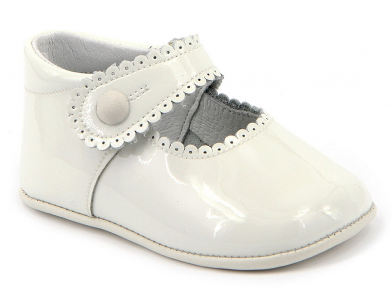 Zapato bebe charol beige. Mod. 2240