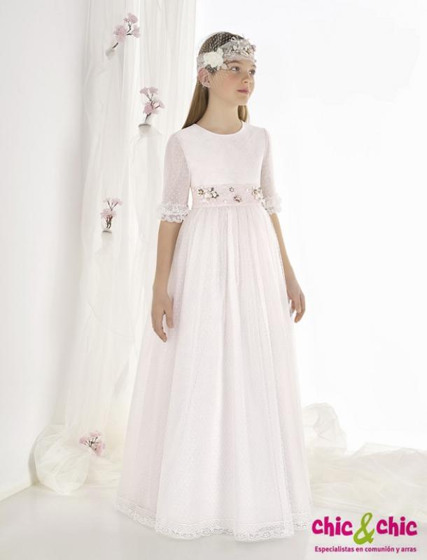 Vestido de comunión 9602. Tul plumeti