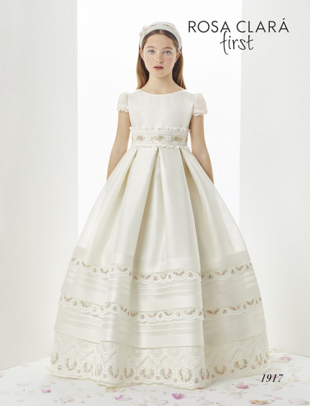 a11ef5adc Vestido de comunión 1917 Rosa Clará. Touch to zoom