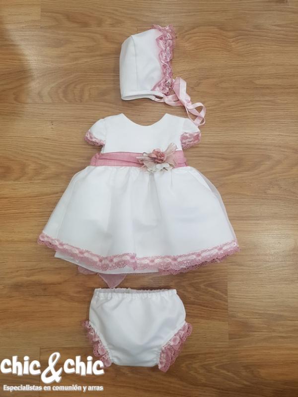 Vestido Amanda en organza. Crudo-rosa (3m-24m) Capota y braga a parte.